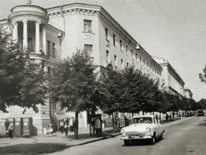 Экскурсия «Творцы послевоенного Брянска»